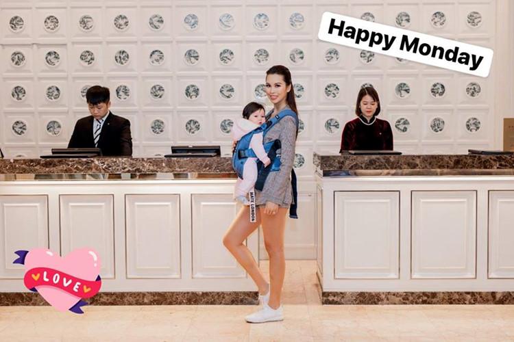 bí quyết giảm béo sau sinh của siêu mẫu Hà Anh